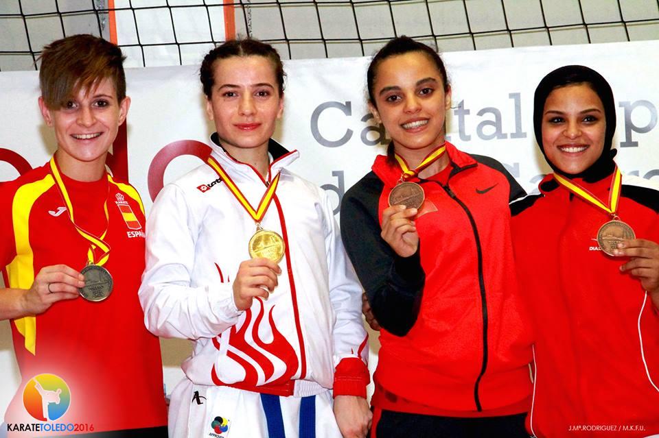 NADIA GOMEZ